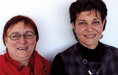 A gauche, Marie Wioland, gérante de SVE (entreprise de récupération des eaux de pluie) membre du Groupement, emploie une comptable un jour par semaine. A droite, Muriel Welsch, Directrice de GEBOSSE.