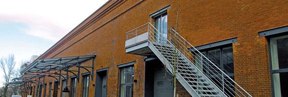 Bâtiment 33, où 2.300 m2 restent à louer (et 1200 m2 dans le bâtiment voisin, le 48)