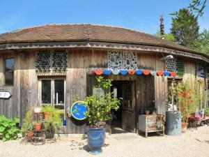 La maison ronde de Véronique et Yves, avec un superbe patio intérieur