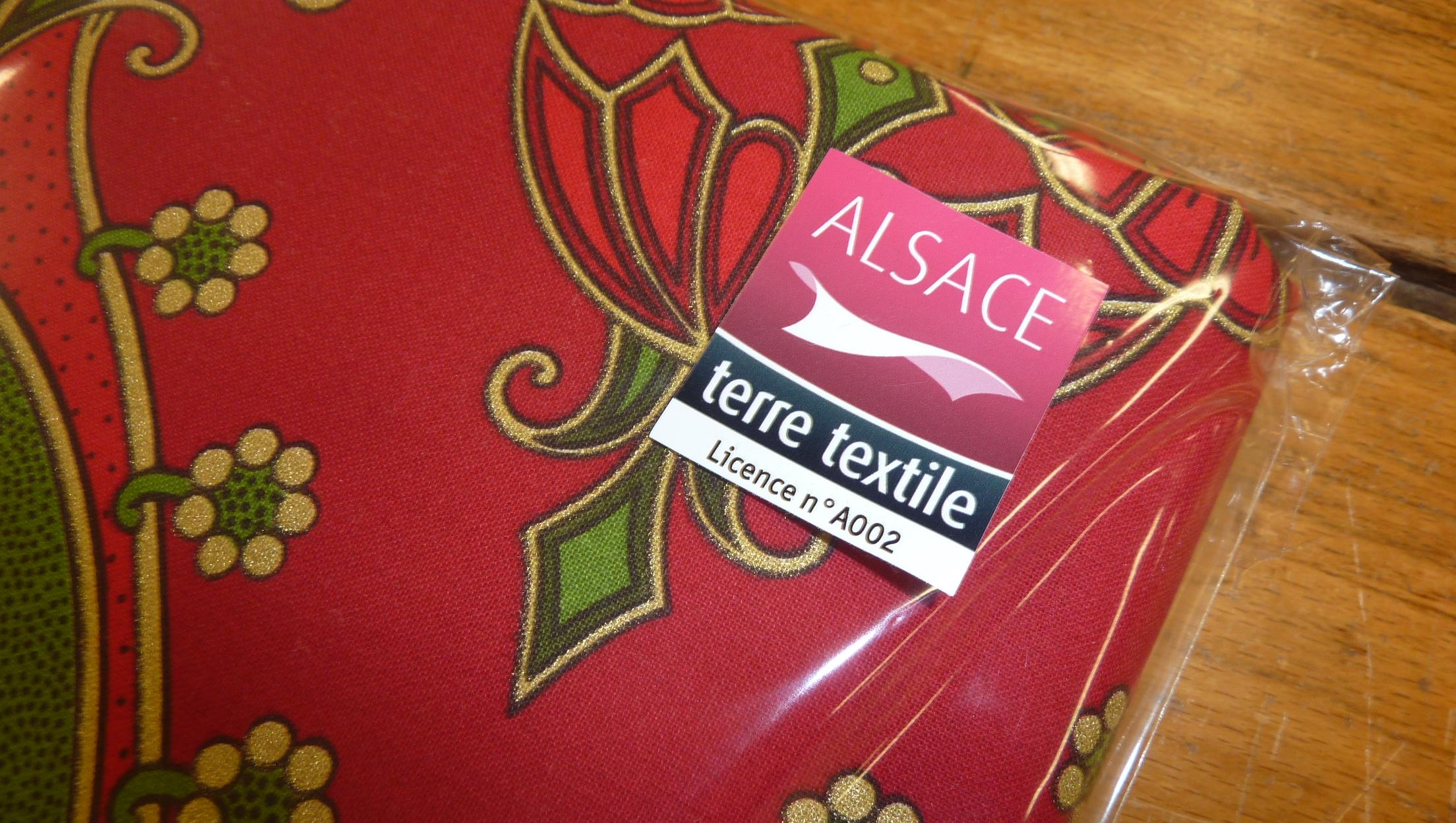 Tissu etoff eries du march de no l de mulhouse - Marche de tissu a paris ...